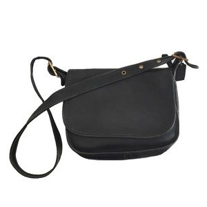 VINTAGE COACH Leather Patricia's Legacy Crrossbody